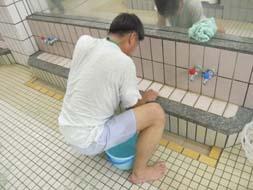 神田温泉 掃除する。_c0103137_2115788.jpg