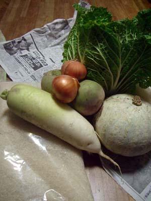 共働学舎から野菜が届きました!!_a0080406_1222475.jpg