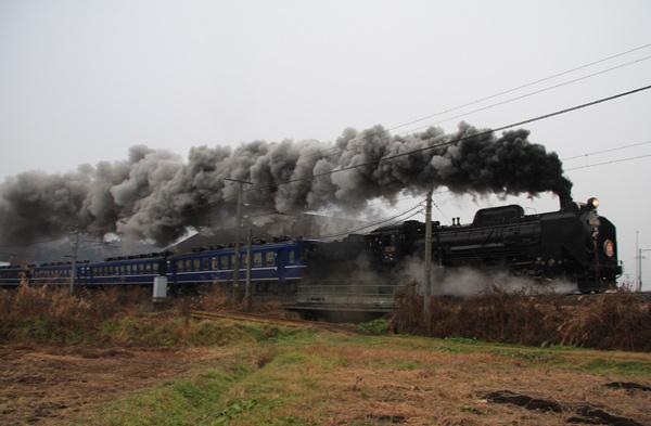 蒸気機関車 デゴイチ_d0066822_16483790.jpg