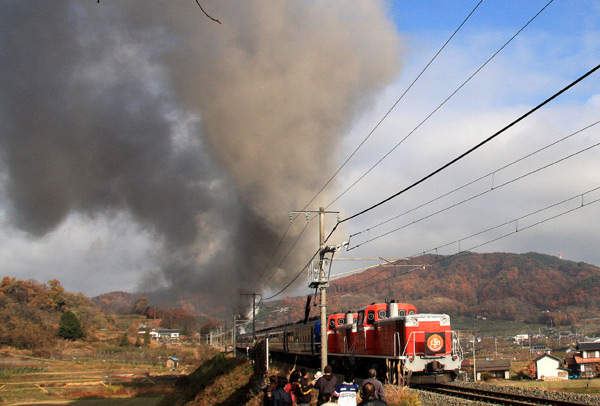 蒸気機関車 デゴイチ_d0066822_1656531.jpg