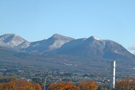 11月25日 お山は雪_a0001354_19101993.jpg
