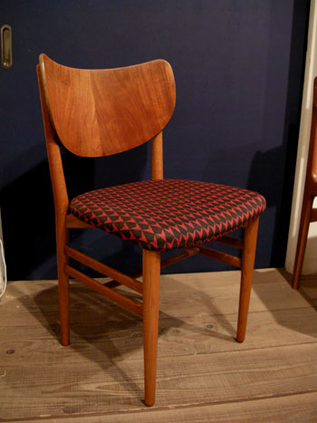 chair (DENMARK)_c0139773_2144464.jpg
