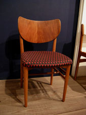 chair (DENMARK)_c0139773_215264.jpg