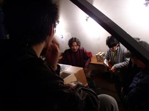 """23日『theROOM night』・・・・『""""theROOM"""" 小野暁彦展』   は30日まで開催中。_e0051760_12422872.jpg"""