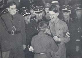 「プチ」・ハンフスタングル/ウィリアム・ランドルフ・ハースト/ヒトラー by Clifford Shack_c0139575_2541467.jpg