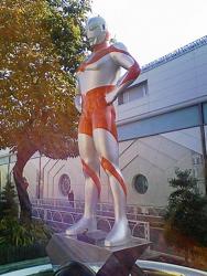 ウルトラマ〜ン!_f0110089_084236.jpg
