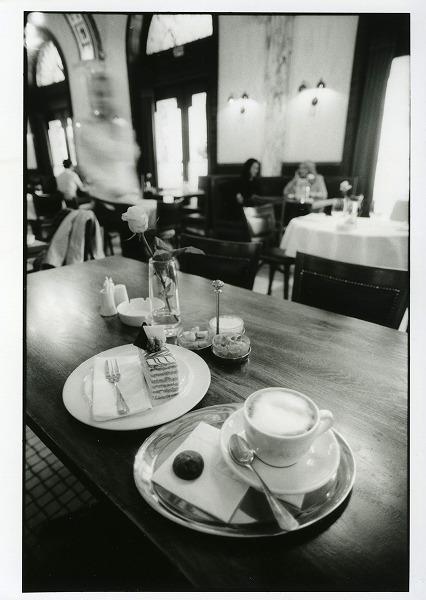 カフェの時間2_f0050534_1483455.jpg