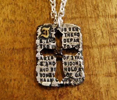 十字架ペンダント_f0155891_22391596.jpg