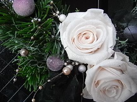 シックなクリスマスリース 2008_b0105897_14365730.jpg