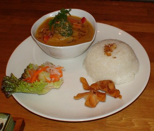 ASIAN NATURAL FOOD   CAFE NADI (カフェ・ナディ)     関西炒飯考(番外編)_d0083265_17354475.jpg