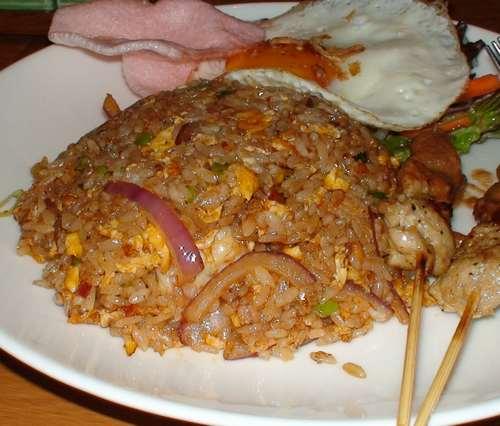 ASIAN NATURAL FOOD   CAFE NADI (カフェ・ナディ)     関西炒飯考(番外編)_d0083265_206365.jpg
