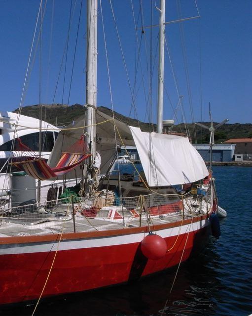 舟も車代わりの南フランス(ポート・ヴァンドルーフランス)_f0119071_163449.jpg