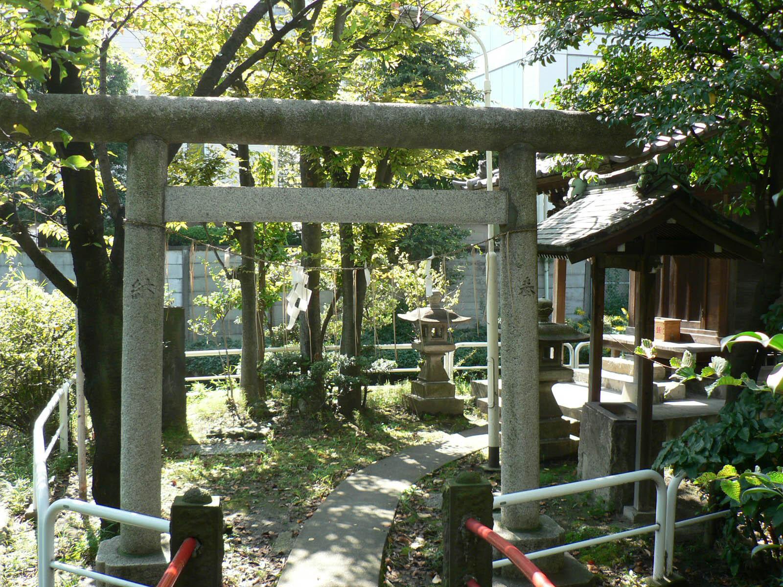 磐井神社_e0123189_1702275.jpg