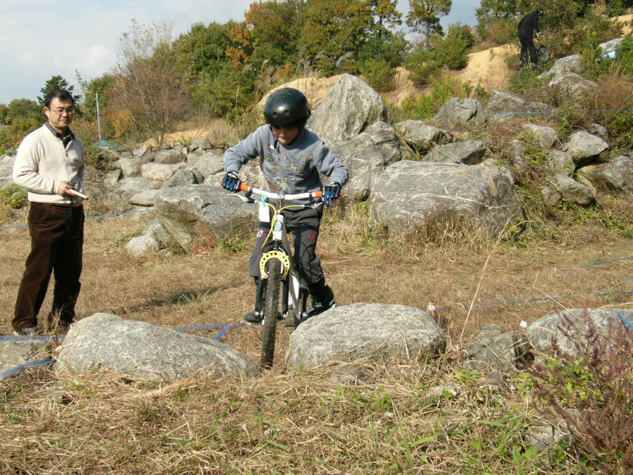 2008 バイクトライアルkjtカップ第三戦 結果報告_b0133403_15585428.jpg