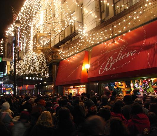 Macy\'sのクリスマス・イルミネーション点灯式_b0007805_15353129.jpg