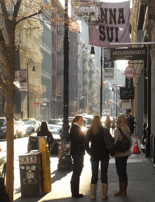 冬のニューヨークのSOHOの街角風景_b0007805_10424222.jpg