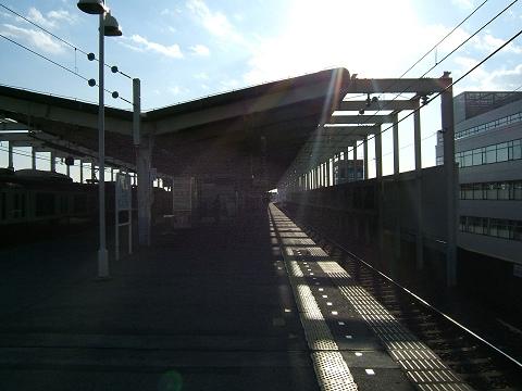 駅のホームから_e0089232_20313039.jpg