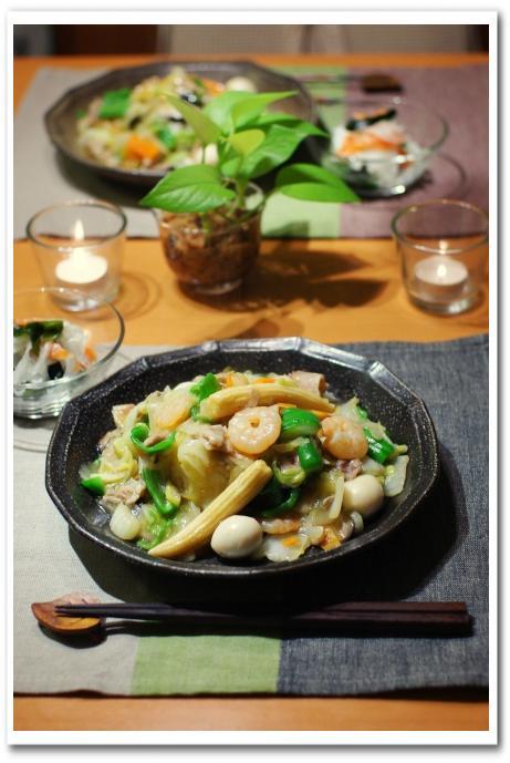 中華丼 と ワカメと大根とスモークサーモンのマリネ_f0179404_2218714.jpg