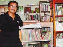 スマントさんの Mitra Tema 文庫@ジョグジャカルタのバントゥル県(インドネシア)_a0054926_10361486.jpg