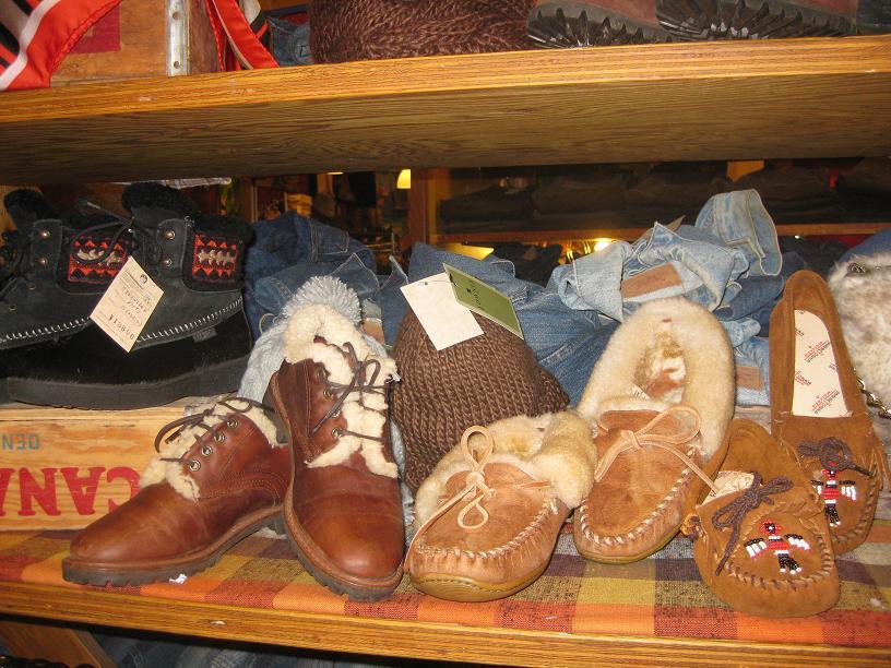 レディース秋冬靴、大量入荷♪_a0108963_14444020.jpg