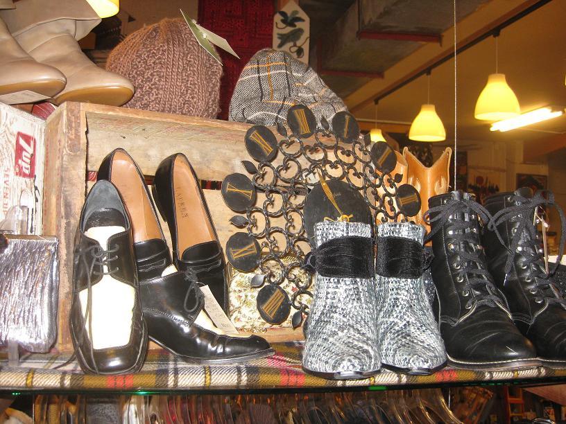 レディース秋冬靴、大量入荷♪_a0108963_14451244.jpg