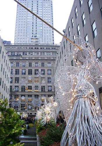 ロックフェラーのクリスマスツリー_c0064534_15232357.jpg
