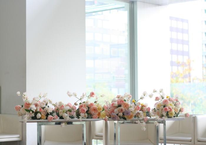銀座 カフェセレ様の装花 白とスクエア_a0042928_23344626.jpg