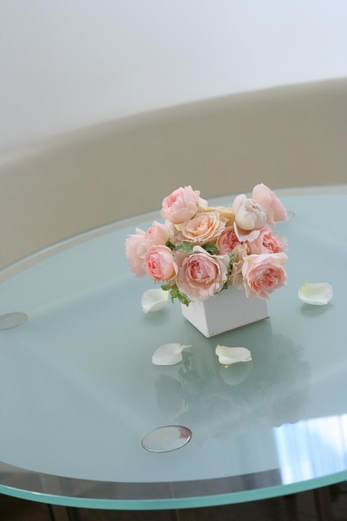 銀座 カフェセレ様の装花 白とスクエア_a0042928_23355971.jpg