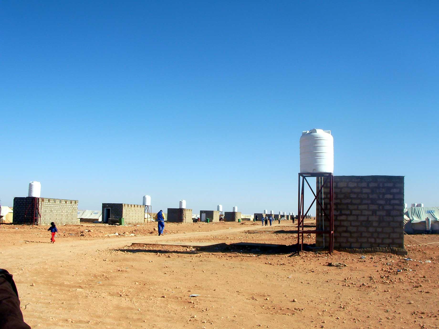 難民キャンプ訪問 その2(シリア・イラク国境)_f0155297_6501644.jpg