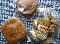 手作り市のお菓子たち。_c0005672_1944475.jpg