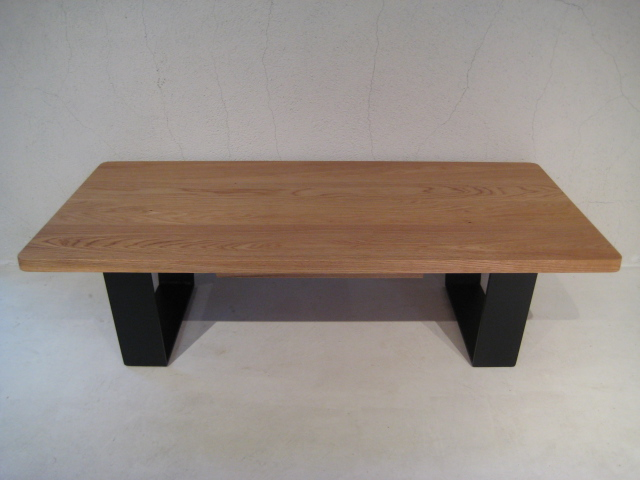 LOW TABLE_c0146581_1574357.jpg