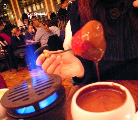 冬のニューヨークを美味しく楽しむホット・チョコレートの名店_b0007805_14121566.jpg