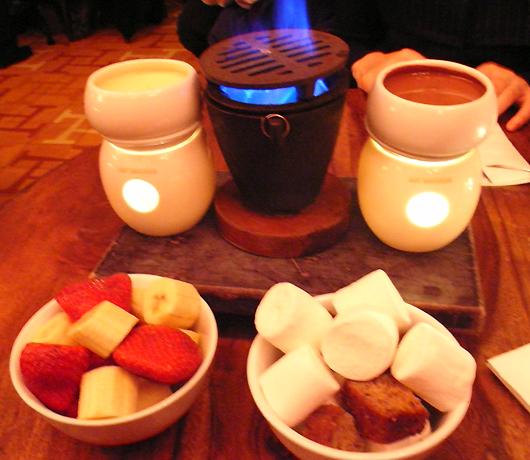 冬のニューヨークを美味しく楽しむホット・チョコレートの名店_b0007805_14123147.jpg