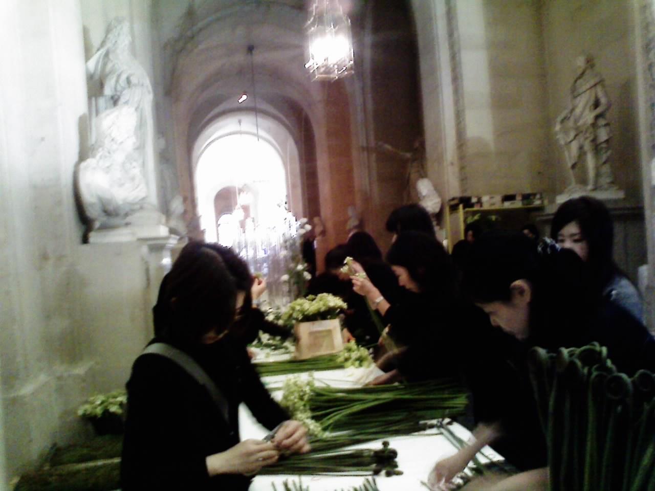 パリにて。ベルサイユ宮殿での花装飾_b0111306_25419100.jpg