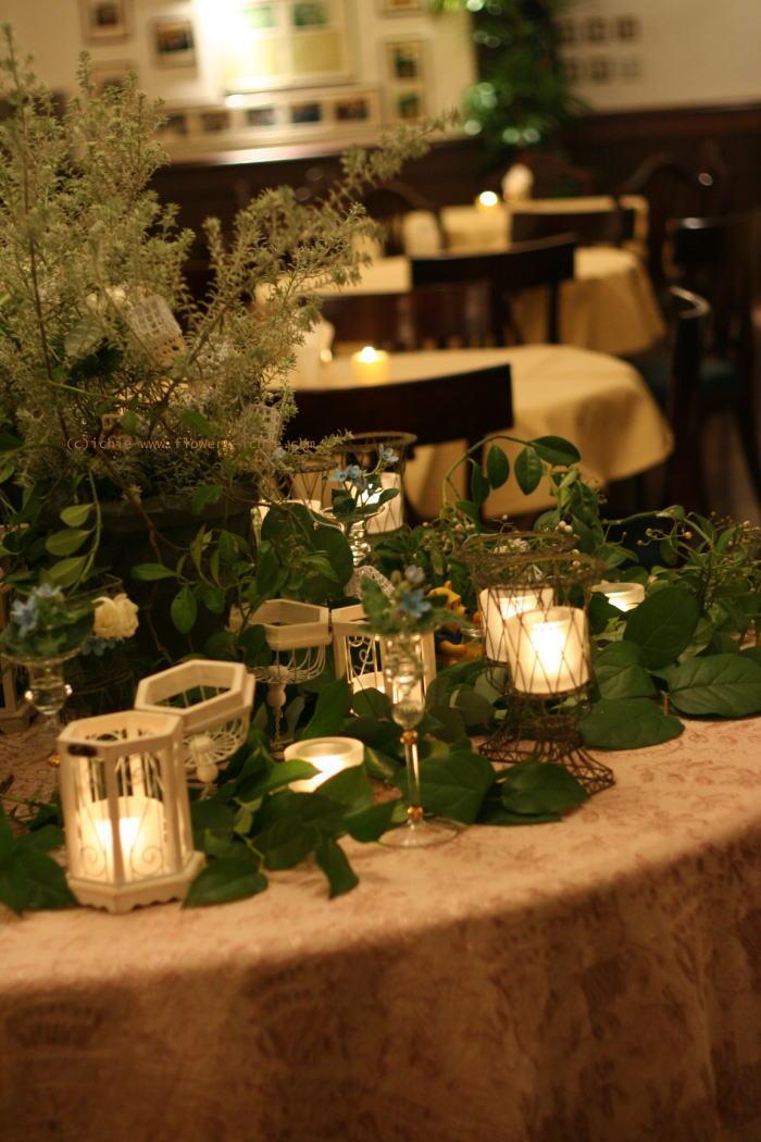 シェ松尾青山サロン様の装花 ブルースターとクリスマス_a0042928_2171100.jpg