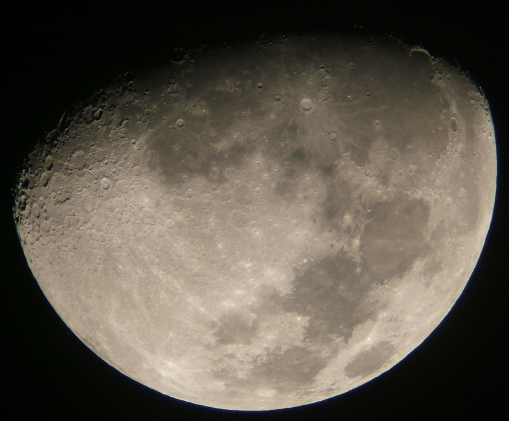 2008年12月8日の月(月齢10.4)_e0089232_20214323.jpg