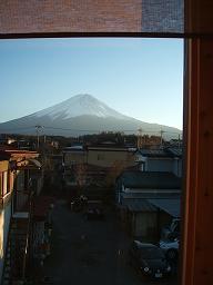 今頃の富士山が一年中で一番き!れ!いー!_f0151419_2242816.jpg