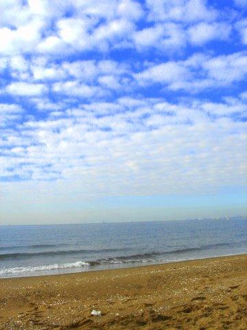 ひたすらに空と海と_c0138928_4211493.jpg