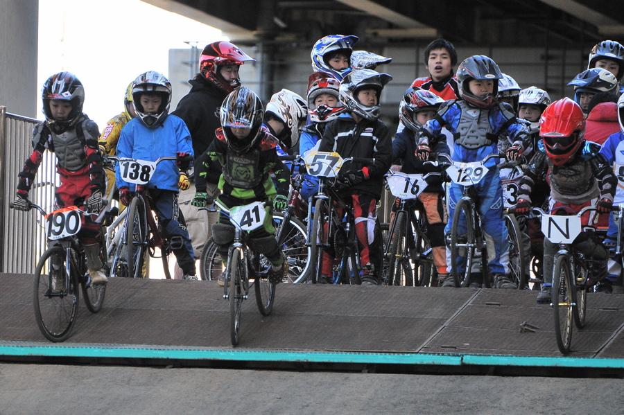 2008JOSF川口ゴリラ公園12月定期戦VOL 5:ミルキー6,7,8クラス決勝_b0065730_0205493.jpg
