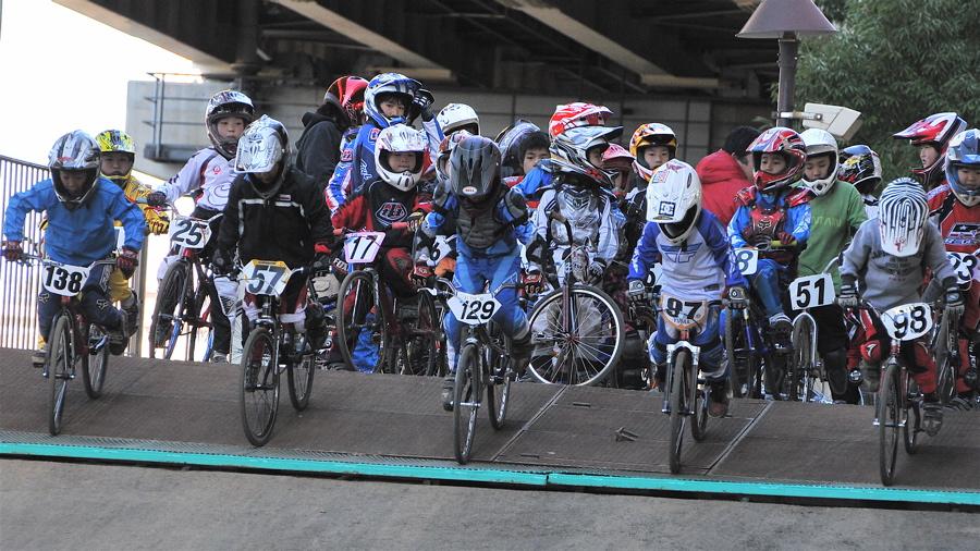 2008JOSF川口ゴリラ公園12月定期戦VOL 5:ミルキー6,7,8クラス決勝_b0065730_0291169.jpg