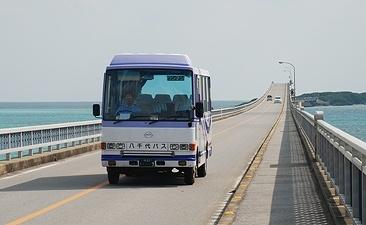 八千代バスの車両_e0030537_21273990.jpg