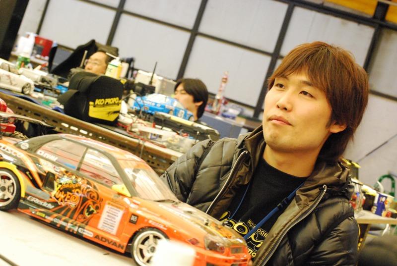 12月12日 チームヨコモ情報_e0166663_13365415.jpg