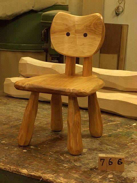 こねこ椅子完成_e0072513_6383156.jpg
