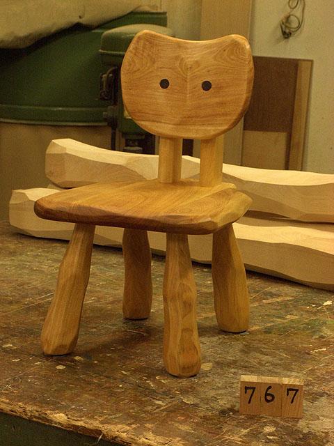 こねこ椅子完成_e0072513_6385280.jpg