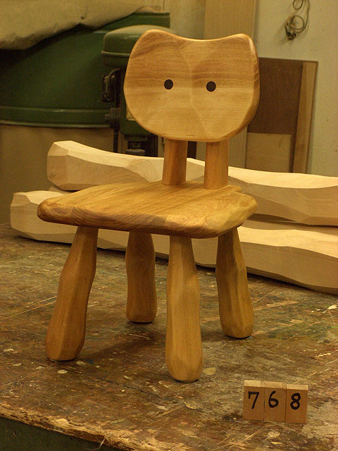 こねこ椅子完成_e0072513_6391024.jpg