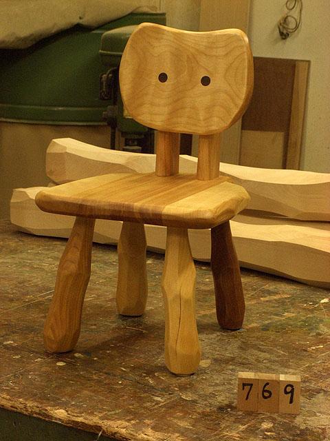 こねこ椅子完成_e0072513_6393213.jpg