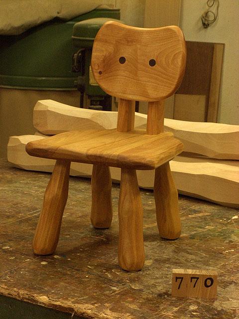 こねこ椅子完成_e0072513_6395358.jpg