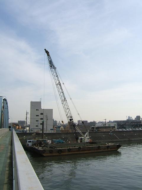 川沿いの風景_e0089232_12453960.jpg