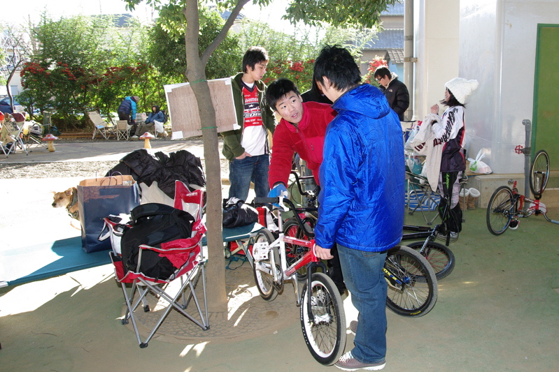 2008JOSF川口ゴリラ公園12月定期戦VOL 8:コース外の風景_b0065730_2111536.jpg
