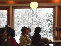 ゆきえさんの背景は雪景色。_f0019247_187188.jpg